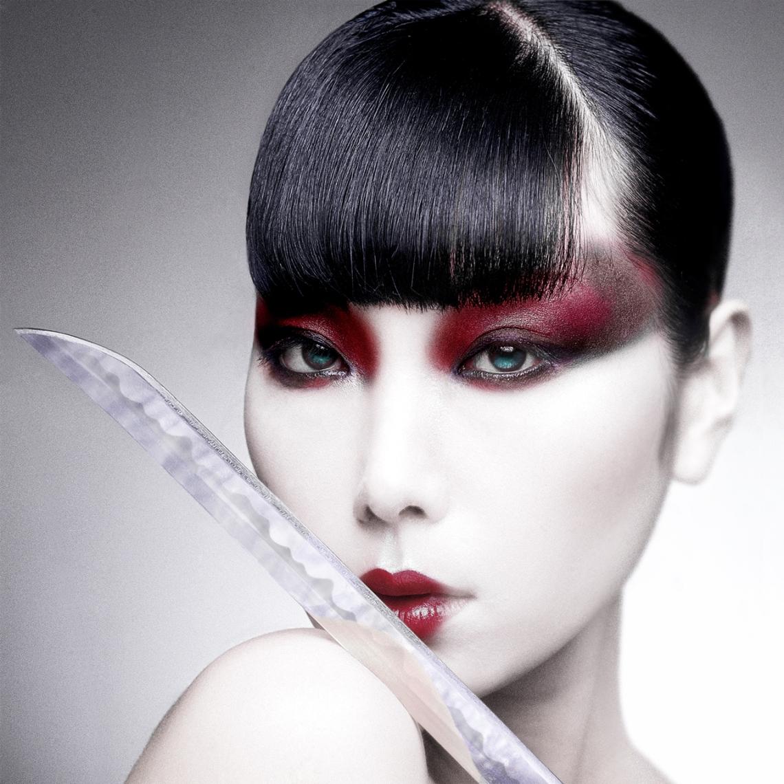 Sayoko.Square-New-Sword.Correct.japanise-Model.Arrowsith.©.